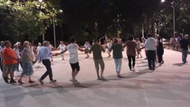 """Danze di gruppo con gli """"Amici di Lorenzo"""""""